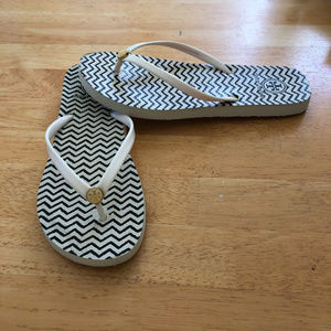Tory Burch White Black Flip Flop Sandals